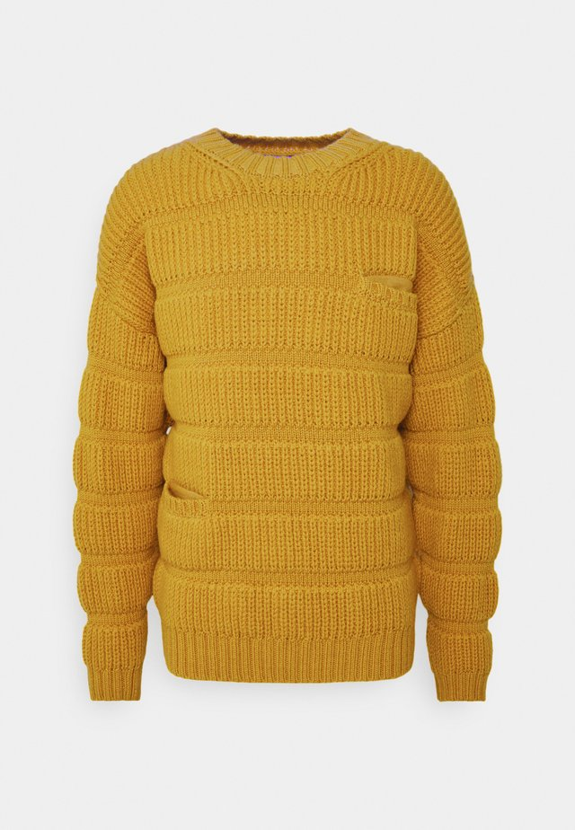 CHUNKY TUBES  - Strickpullover - yellow
