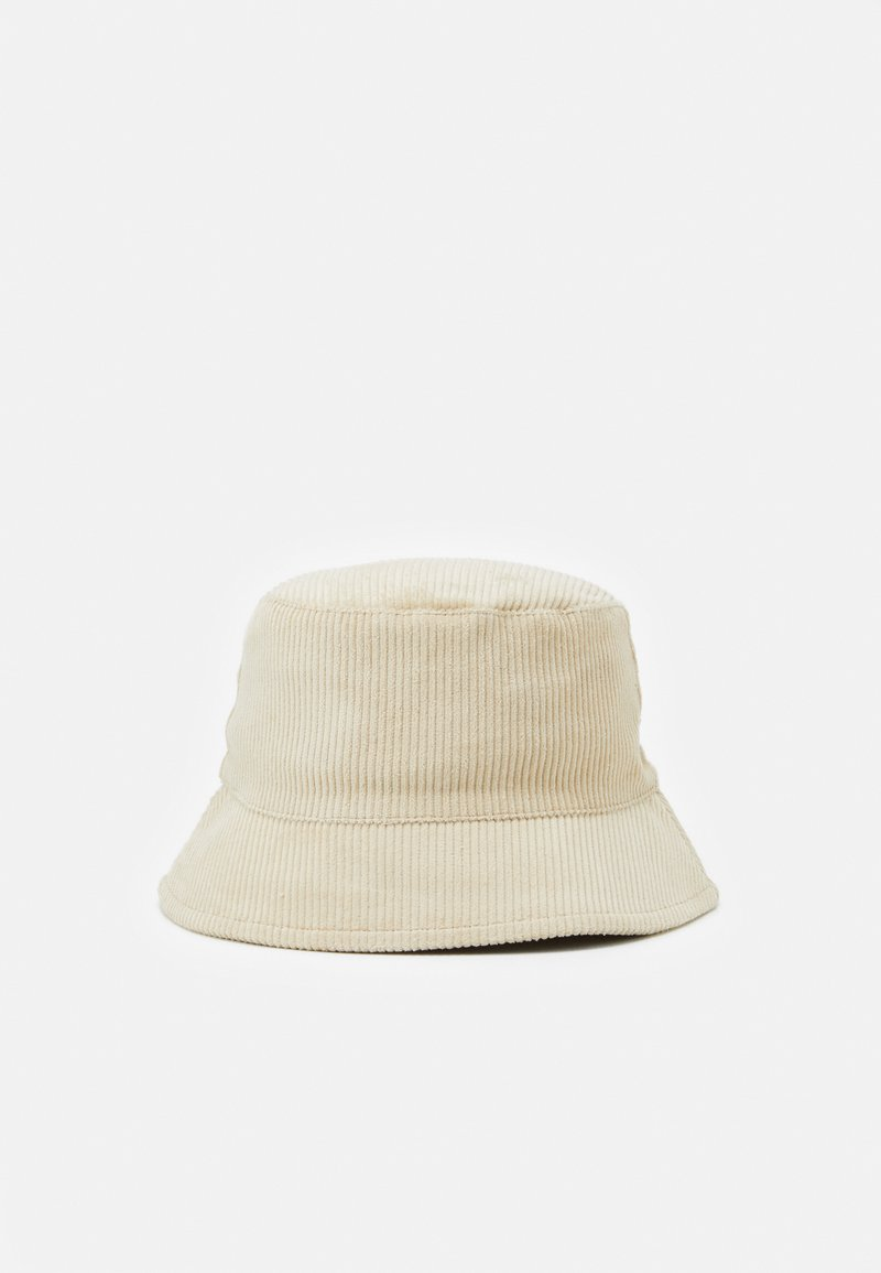 Pieces - PCDOLA BUCKET HAT - Hat - fog