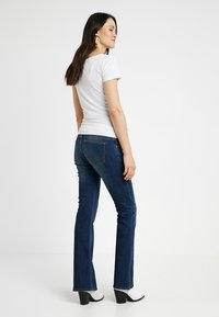 Noppies - JADE AUTHENTIC - Bootcut jeans - authentic blue - 2