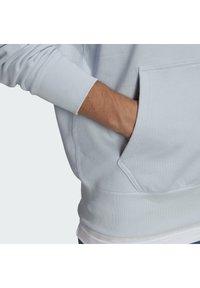 adidas Originals - PREMIUM HOODY UNISEX - Sweatshirt - halo blue - 4