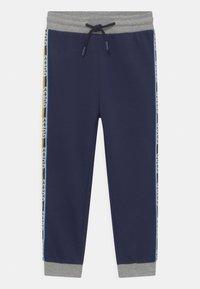 Guess - TODDLER ACTIVE  - Kalhoty - bleu/deck blue - 0