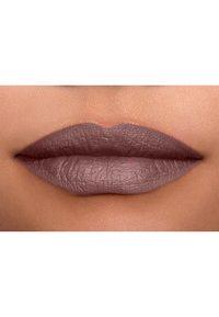 Nyx Professional Makeup - SUEDE MATTE LIPSTICK - Lipstick - 14 lavender and lace - 4