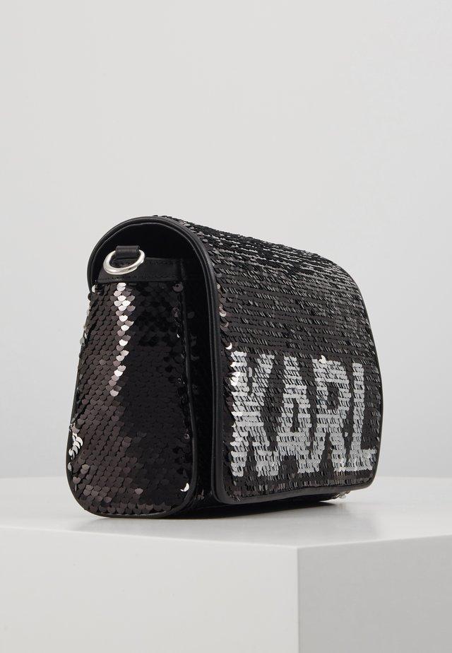 SHOULDER BAG - Umhängetasche - black