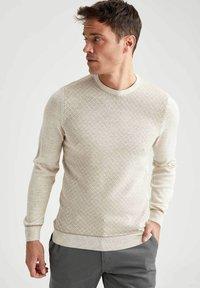 DeFacto - Stickad tröja - beige - 3