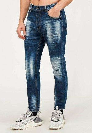 KAYDON - Slim fit jeans - mid blue wash