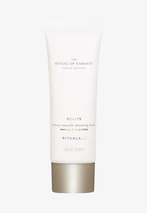 THE RITUAL OF NAMASTÉ VELVETY SMOOTH CLEANSING FOAM - Cleanser - -