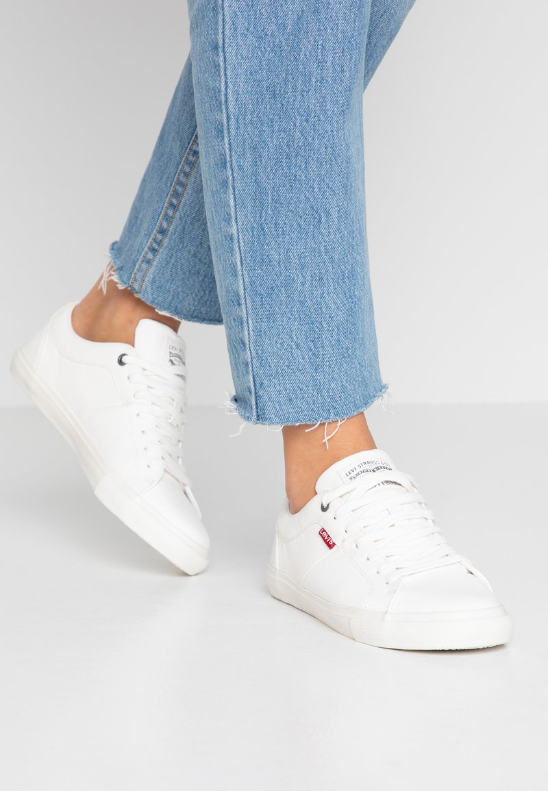 Levi's® - WOODS  - Sneakers laag - brilliant white