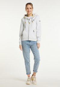 Schmuddelwedda - SWEATJACKE - Zip-up sweatshirt - wollweiss melange - 1