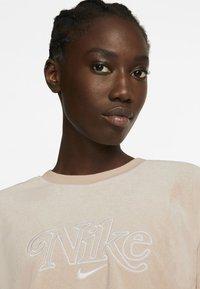 Nike Sportswear - RETRO FEMME CREW TERRY - Sudadera - shimmer - 4