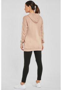 Bench - Zip-up hoodie - camelfarben-weiß - 2