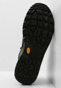 Lowa - RENEGADE GTX MID - Zapatillas de senderismo - anthrazit/mandarine - 4