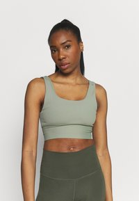 Cotton On Body - SCOOP NECK VESTLETTE - Top - basil green rib - 0