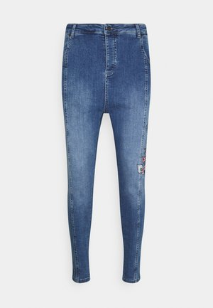 AOKI DROP CROTCH EMBROIDERED - Slim fit jeans - midstone blue