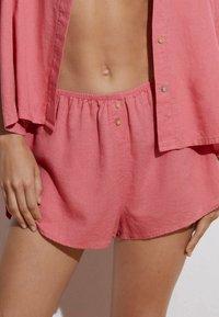 OYSHO - Shorts - pink - 2
