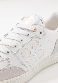 Pantofola d'Oro - MARACANA UOMO - Sneakers laag - bright white - 5