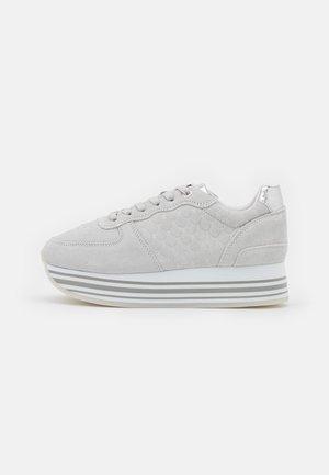 EILA - Trainers - light grey
