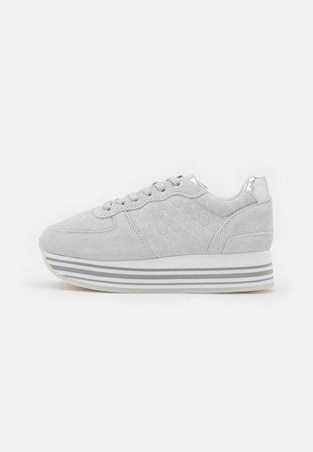 EILA - Sneakers laag - light grey