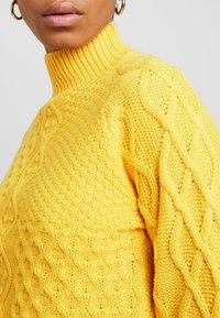 Dorothy Perkins - CABLE JUMPER - Trui - Yellow - 6