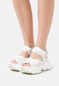 Buffalo - VEGAN BINARY  - Platform sandals - white - 0
