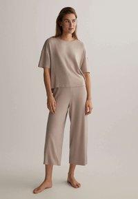 OYSHO - Pyjama top - beige - 1