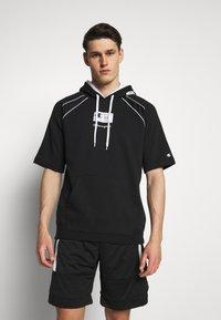 Champion - HOODED SHORT SLEEVES - Sweatshirt - black/white - 0