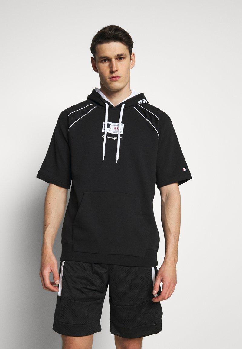 Champion - HOODED SHORT SLEEVES - Sweatshirt - black/white