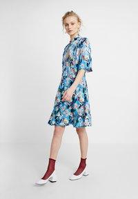 Custommade - EVA - Shirt dress - azure blue - 1