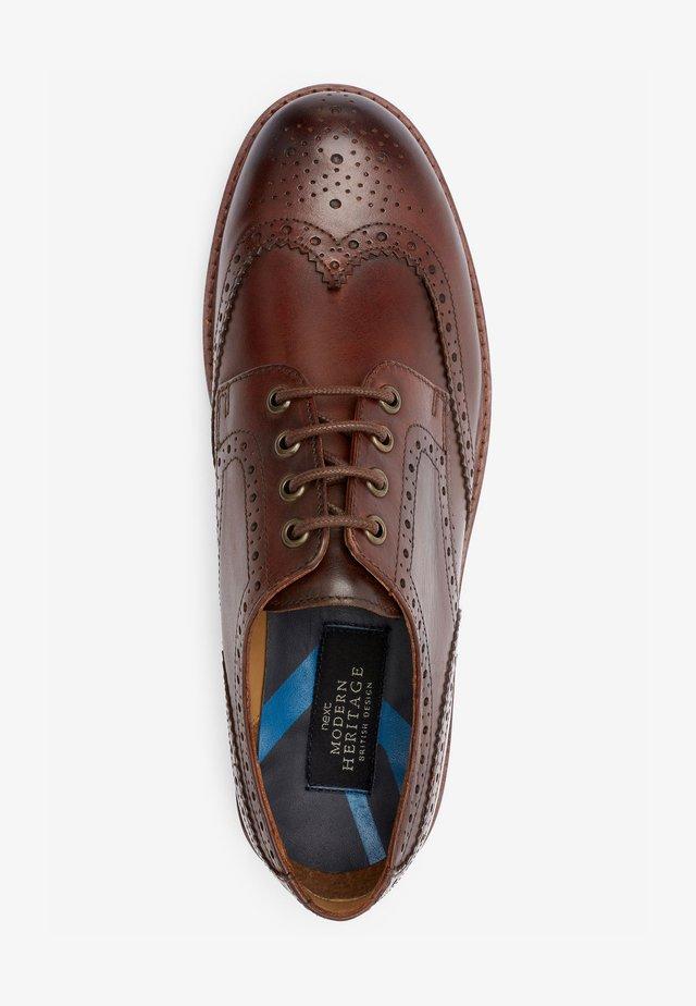 Volnočasové šněrovací boty - brown