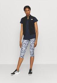 Helly Hansen - NORD GRAPHIC DROP - Print T-shirt - navy - 1