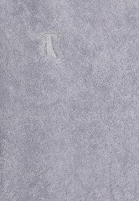 Möve - SUPERWUSCHEL UNISEX - Strandaccessoire - silver - 1