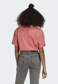 adidas Originals - TEE - Basic T-shirt - hazy rose - 2