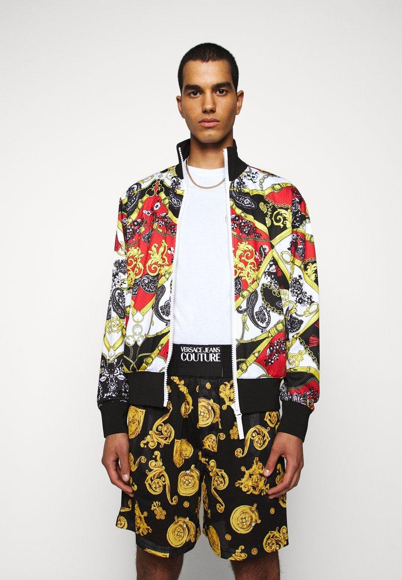 Versace Jeans Couture - PRINT BELT PAISLE - Bomber bunda - rosso