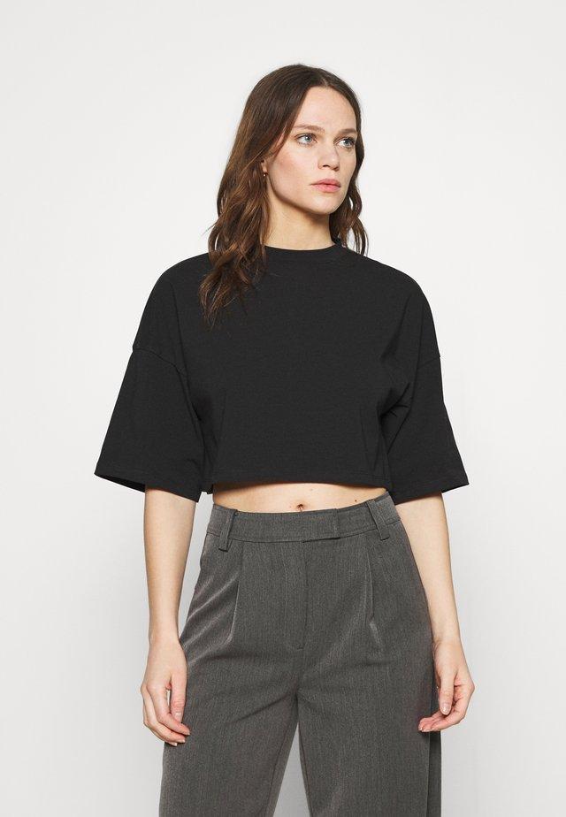 CROSBY - T-shirts - black