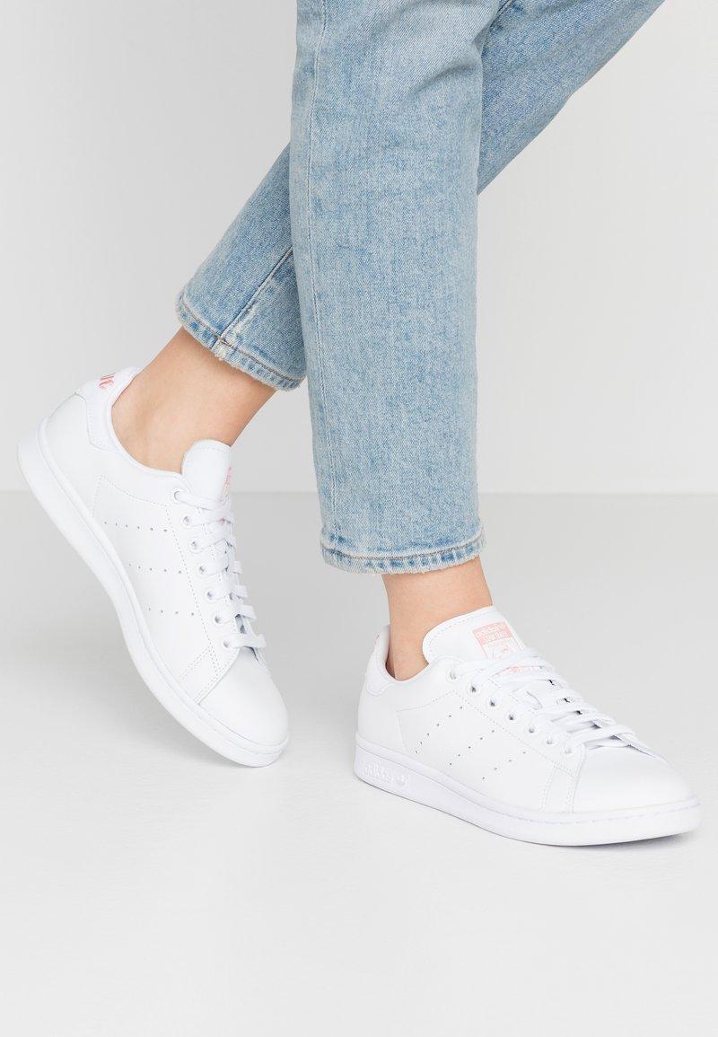 adidas Originals - STAN SMITH - Trainers - footwear white/glow pink