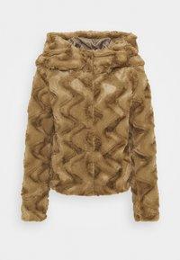 Vero Moda Petite - VMCURL HOODY FAUXFUR JACKET - Light jacket - sepia tint - 0