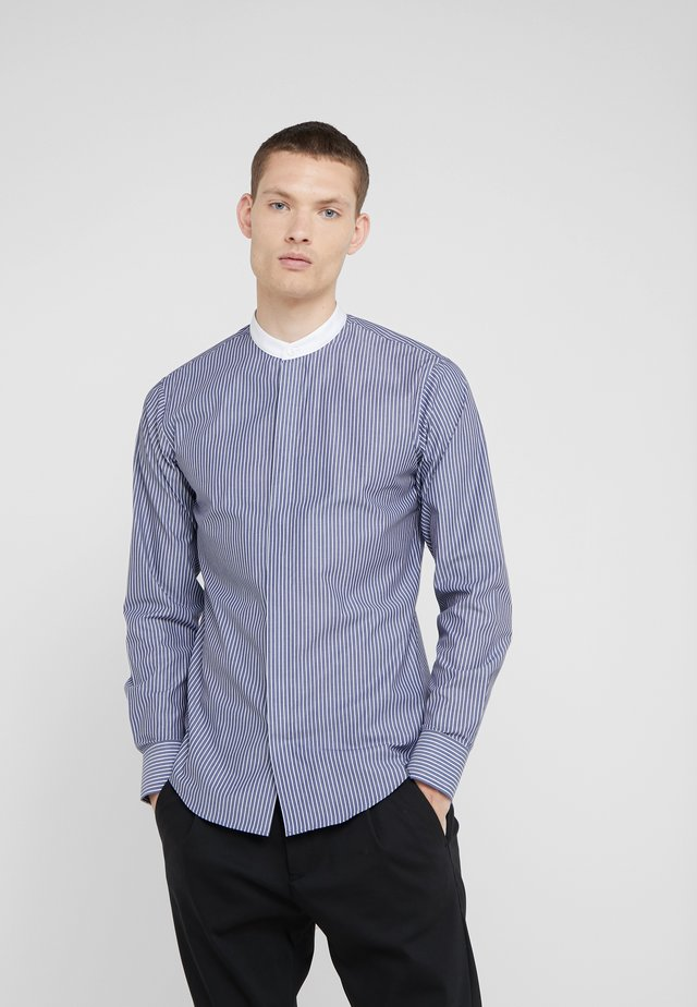 FORWARD SLIM FIT - Koszula - light ink