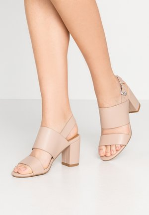 SELENE  - Sandály na vysokém podpatku - pale taupe