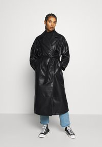 Monki - KYLIE COAT - Kappa / rock - black - 0