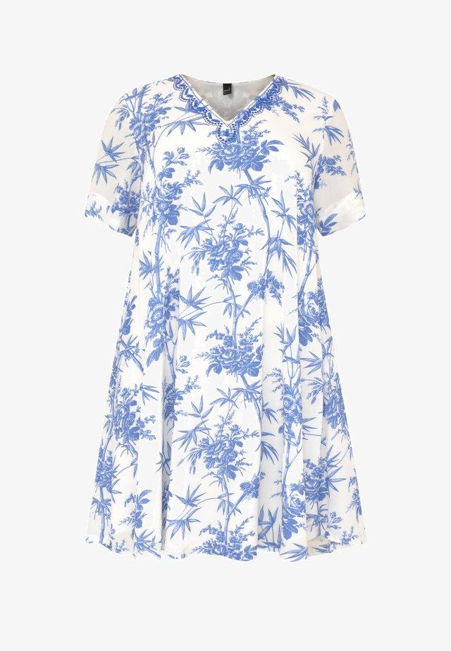 MET BLOEMENPRINT - Robe d'été - white