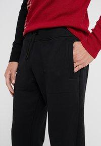 Versace Collection - SPORTIVO PANTALONE - Pantaloni sportivi - nero - 3