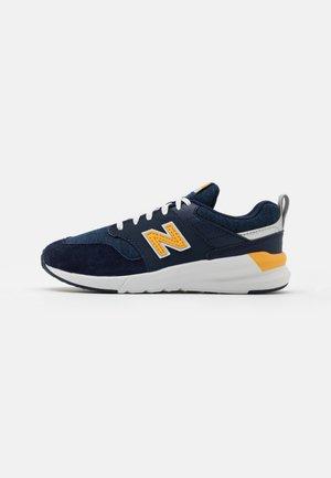 YS009NE1 UNISEX - Sneakersy niskie - navy