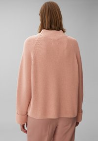 Marc O'Polo PURE - BOXY LONG SLEEVE RAGLAN CROPPED LENGTH - Jumper - winter rose - 2