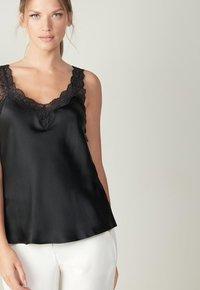 Intimissimi - Pyjama top - nero - 2