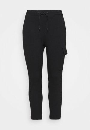 PANTS - Pantalon cargo - black