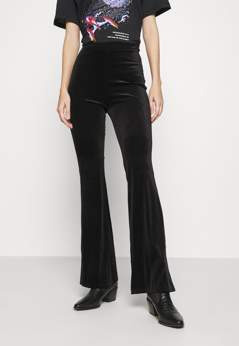 Monki - TORA TROUSERS - Bukse - black
