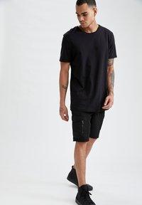DeFacto - Pantaloncini sportivi - black - 4