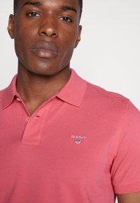 GANT - THE ORIGINAL RUGGER - Polo - bright pink - 4