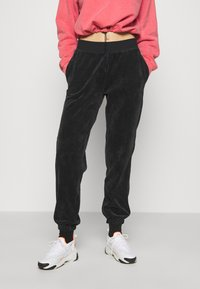 Nike Sportswear - PANT - Tracksuit bottoms - black - 0