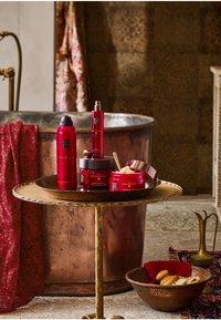 Rituals - THE RITUAL OF AYURVEDA BODY SCRUB - Body scrub - - - 2
