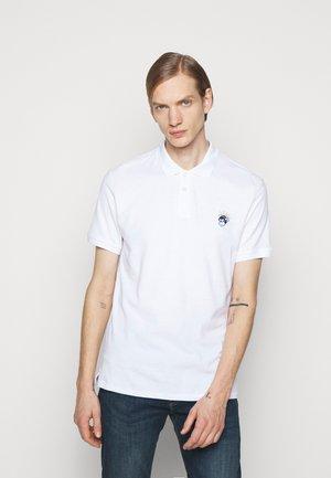 MENS REG FIT MONKEY - Polo - white
